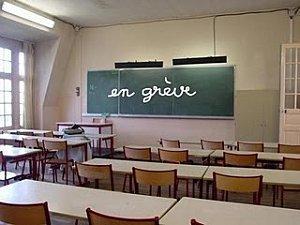 France en greve classroom