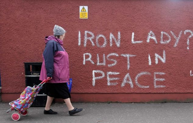 graffiti - iron lady