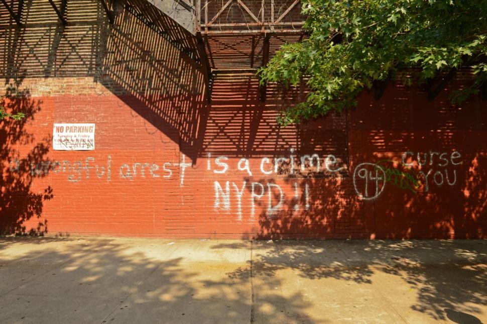 NY graffiti28n-1-web