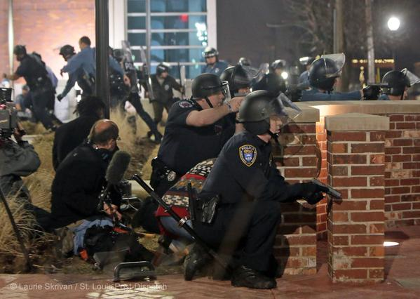 ferguson cops march 2015