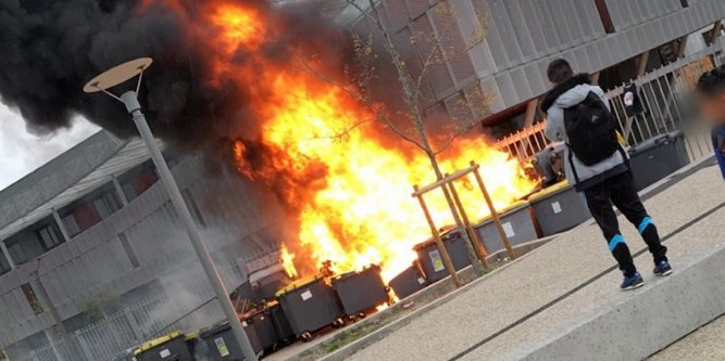 Image result for south african student riots BURNING SCHOOLS