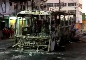 rio bus burnt 2 4 16